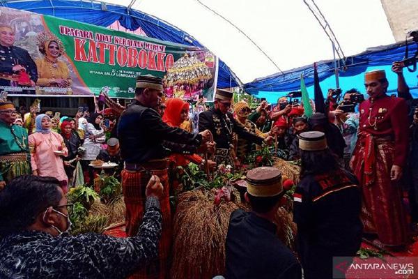 Tradisi Katto Boko Maros