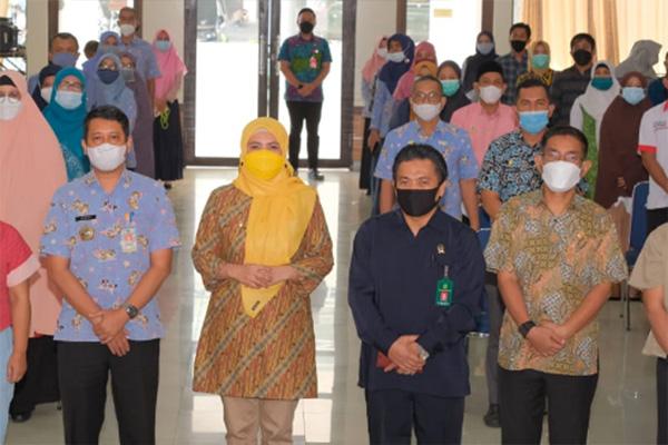 Wakil Bupati Maros Suhartina Bohari dalam Rakor Strada Pencegahan Perkawinan Anak
